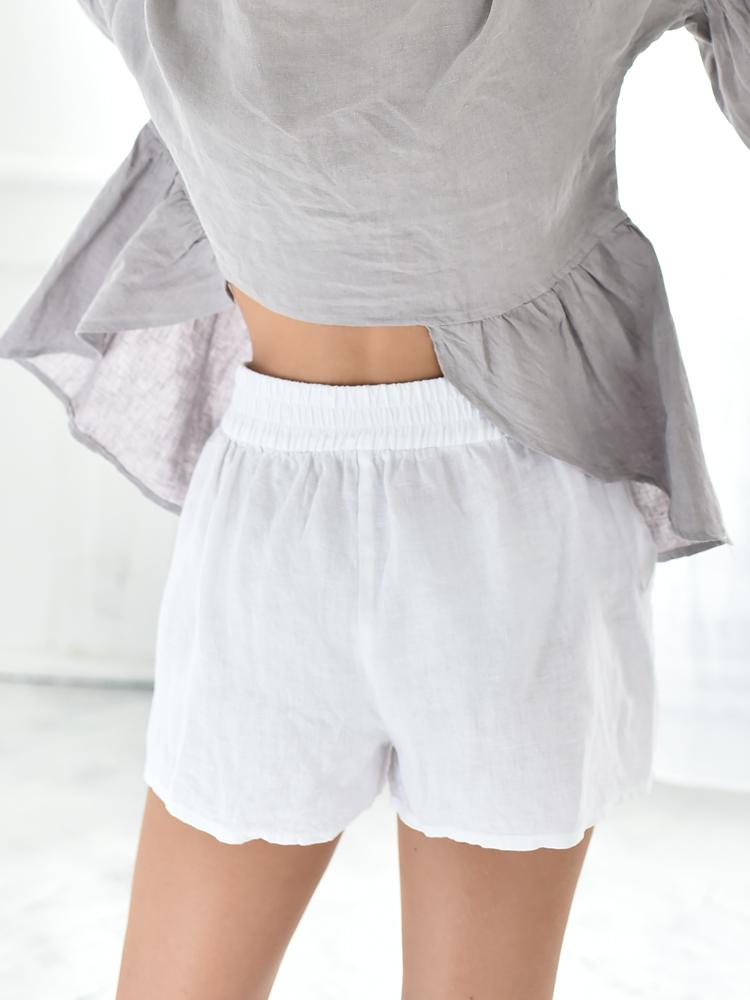 białe wygodne szorty damskie lniane
