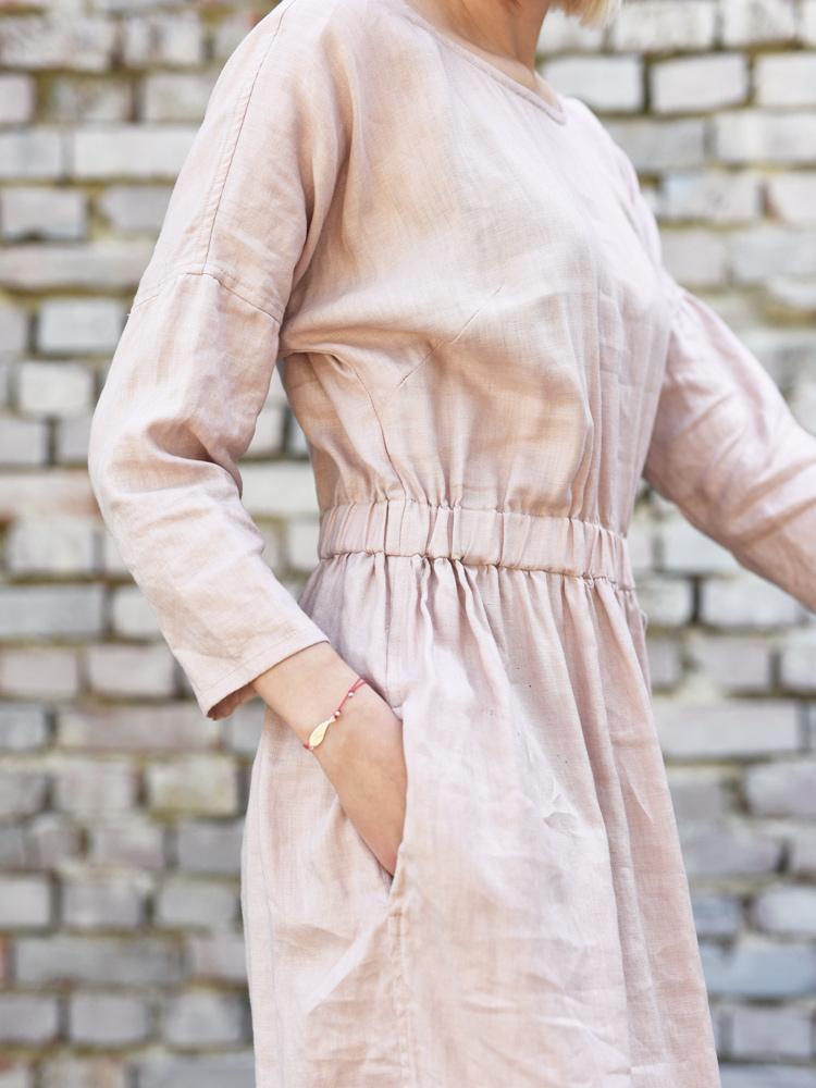 sukienka z gumka lniana