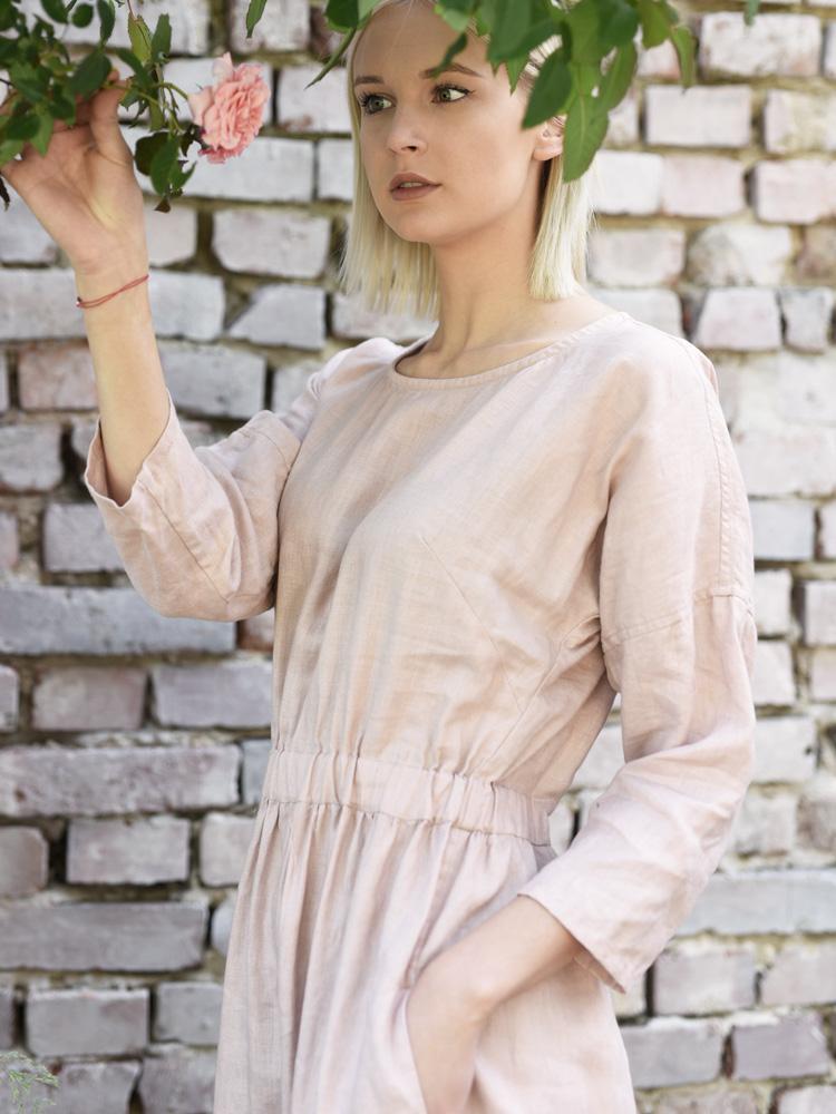 sukienka długa z falbana