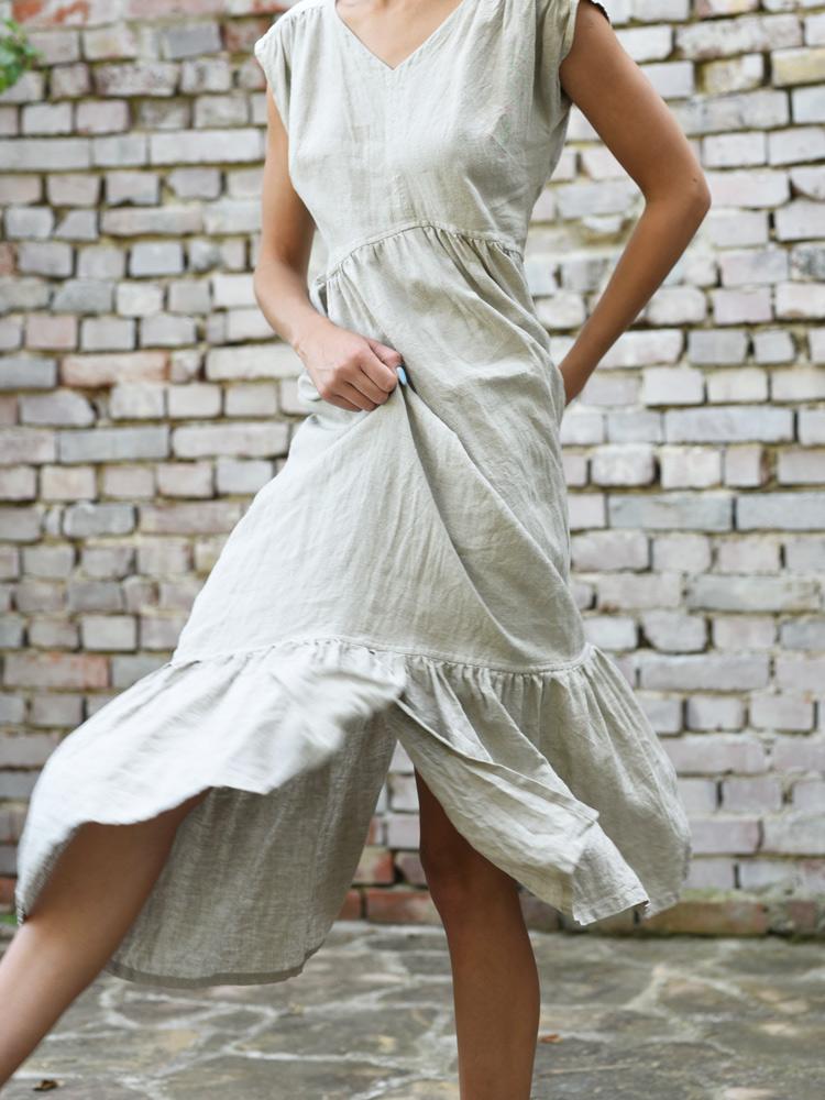 lniana sukienka maxi z falbaną