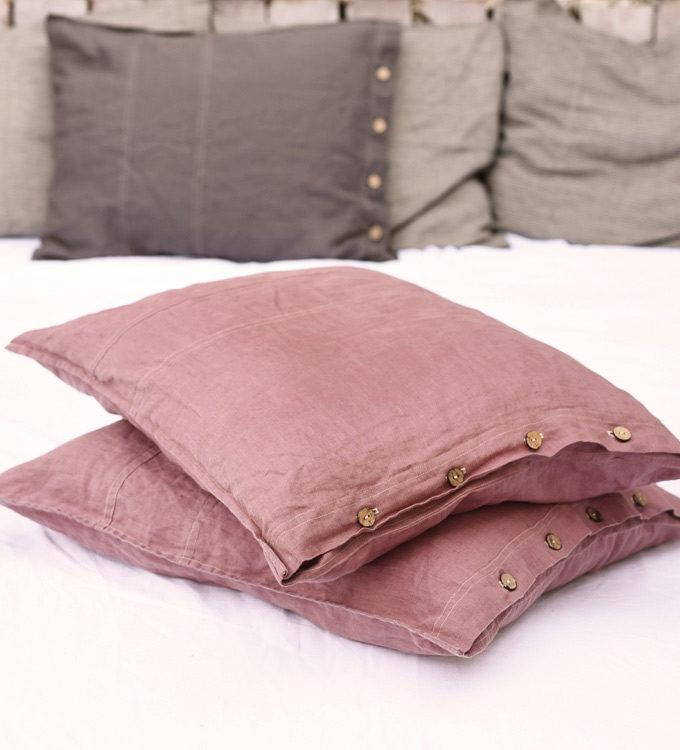 zestaw różowych poduszek