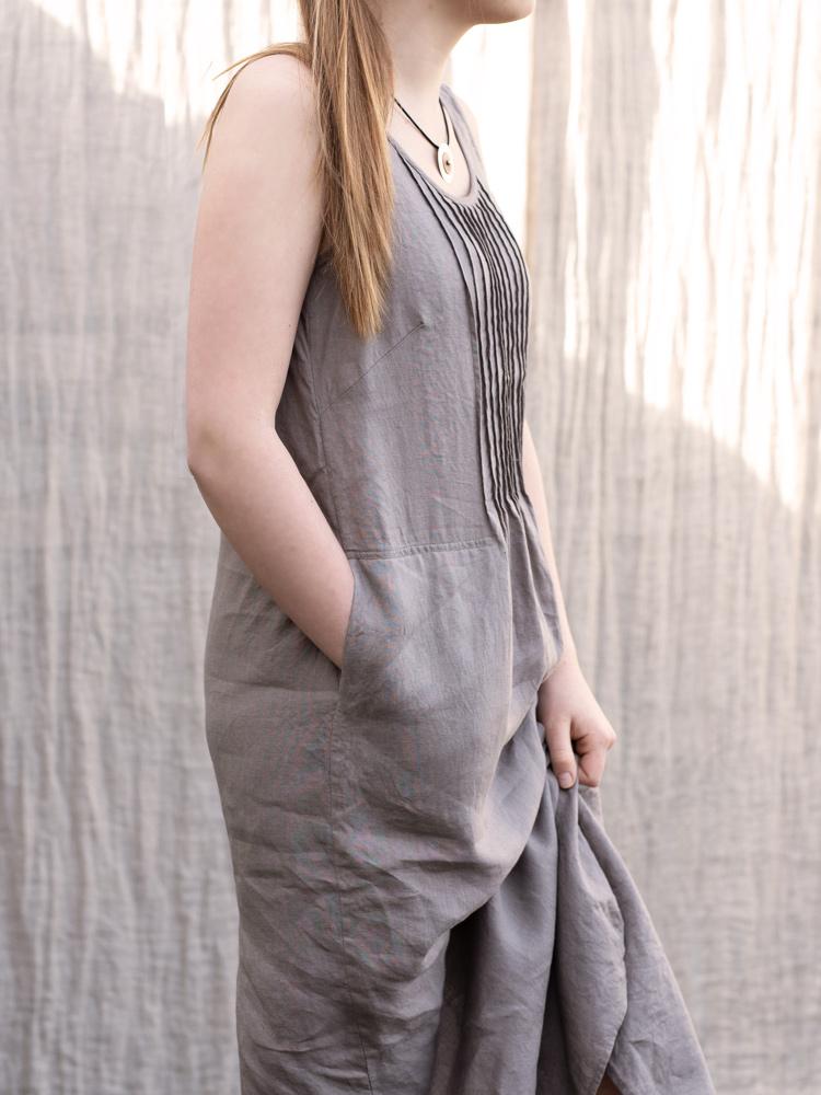 lniana sukienka z kieszeniami