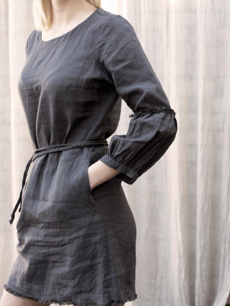 sukienka z lnu bufiaste rękawy