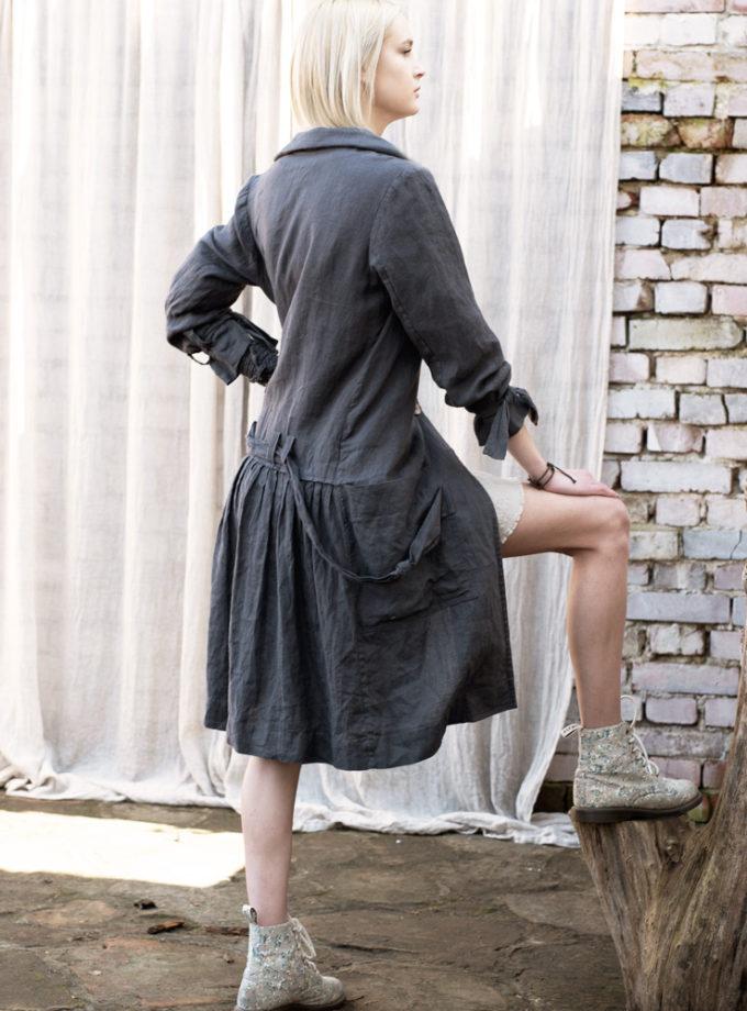 ciemny lniany płaszcz z paskiem